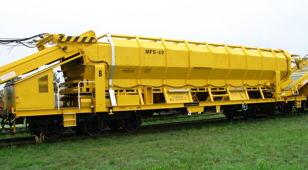 Transporter materiałów sypkich MFS-40 po naprawie