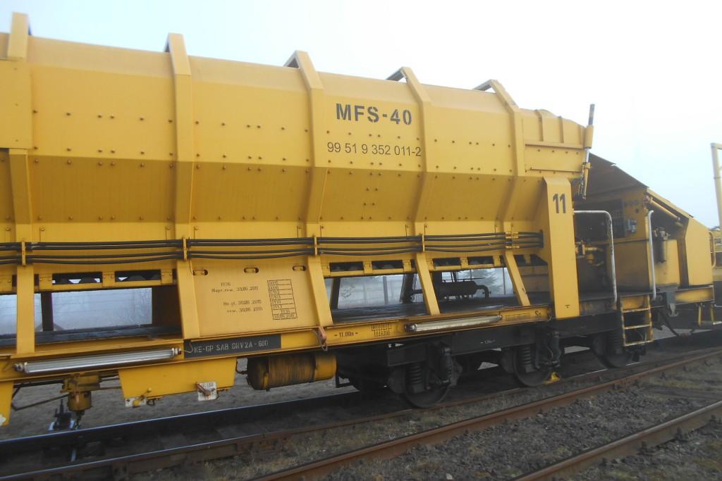 Transporter materiałów sypkich MFS-40 przed naprawą